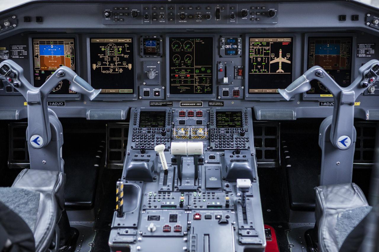 AirDolomitiPort-58